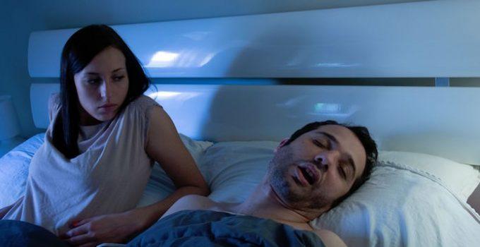 partner-different-sleeping-schedules
